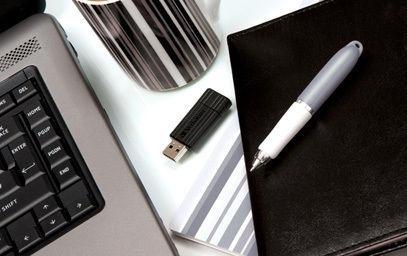 Pendrive Verbatim PinStripe 4GB [49061]